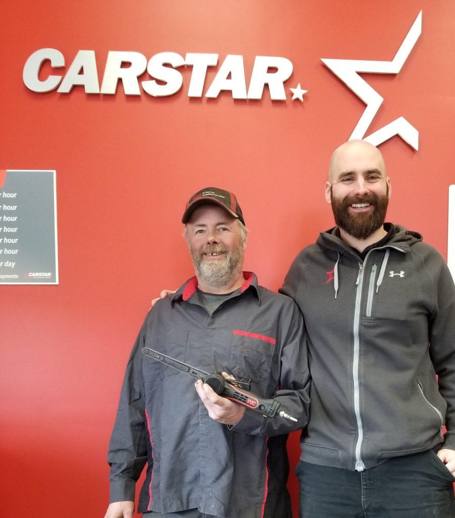 Carstar employee